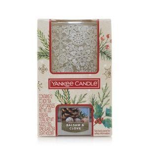 Yankee Candle Snowy Gathering Tea Light/Holder Set
